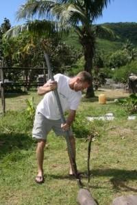 Fiji-sam_digging_0